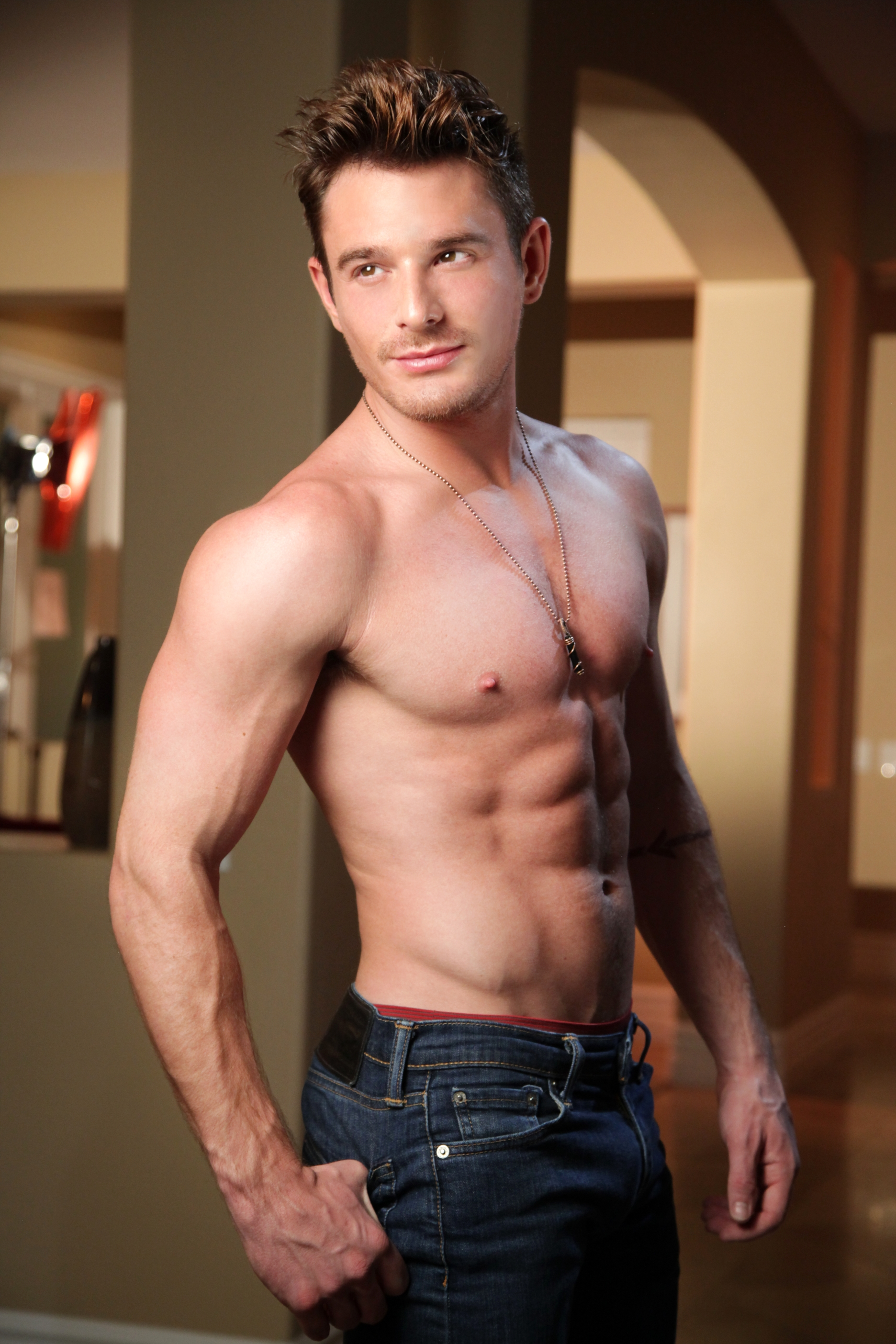 Exclusives JJ Knight & Brent Corrigan